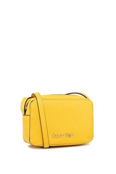 Calvin Klein Kadın Sarı Must Camerabag Cav Askılı Çantası K60k606650