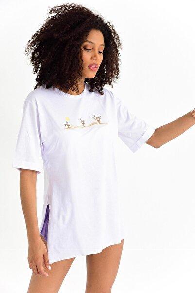 TENA MODA Kadın Beyaz Süprem Salaş Önü Kaktüs Nakışlı Bluz