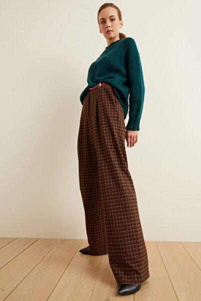 adL Kadın Yeşil Kemerli Pileli Ekose Pantolon