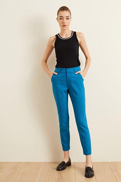 adL Kadın Mavi Paçası Yırtmaçlı Cepli Pantolon
