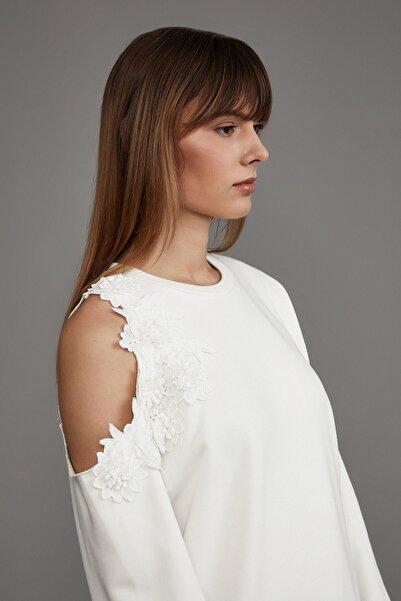 LOVEMETOO Kadın Ekru Flower Bomb Sweatshirt 18K05