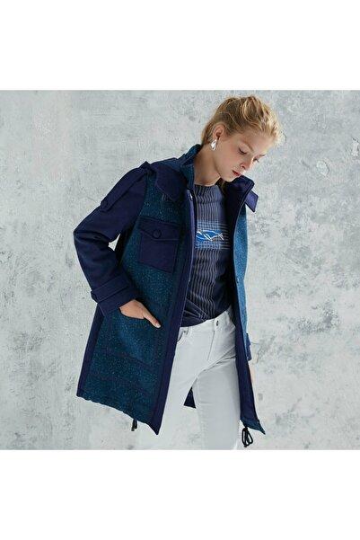 Yargıcı Kadın Saks Mavi Apolet Detaylı Palto