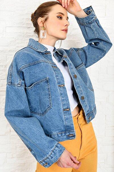 Trend Alaçatı Stili Kadın Mavi Crop Denim Ceket