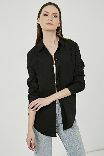 Sateen Kadın Siyah Cep Detaylı Uzun Gömlek