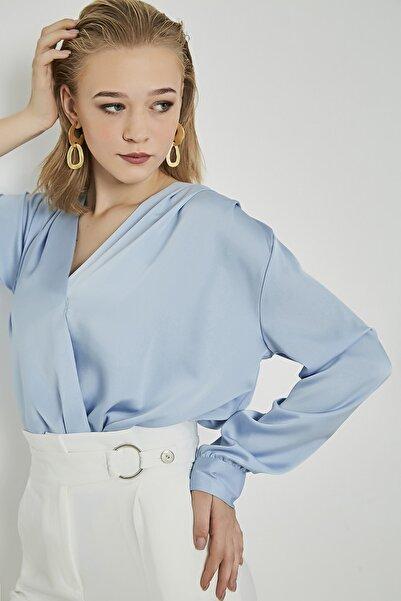 Sateen Uzun Kol Kruvaze Saten Bodysuit Bluz - Mavi