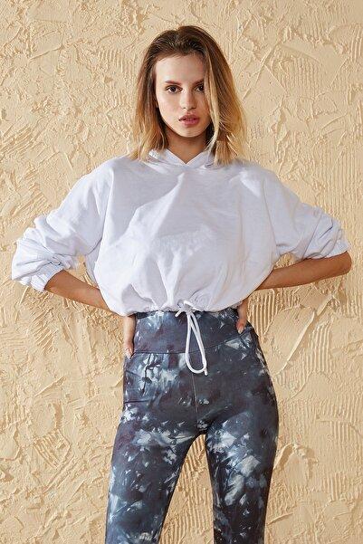 HeraModa Kadın Üç Iplik Beyaz Kapşonlu Crop Sweatshirt