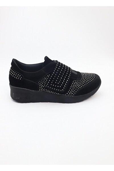MT Kadın Siyah Taşlı Cırtlı Ayakkabı