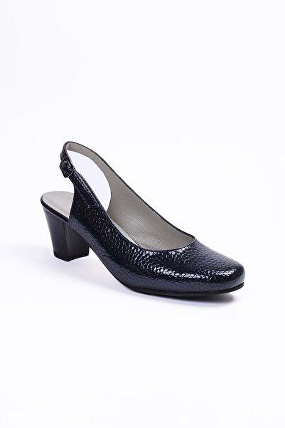 Gondol Kadın Lacivert Petek  Deri Klasik Ayakkabı