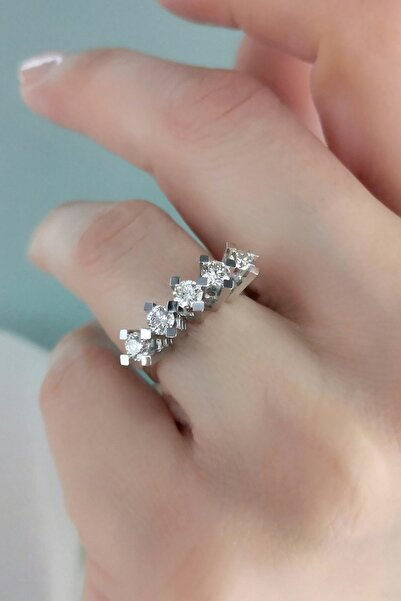 Crystal Diamond Zirconia Labaratuvar Pırlantası 1.5 Karat Beştaş Yüzük