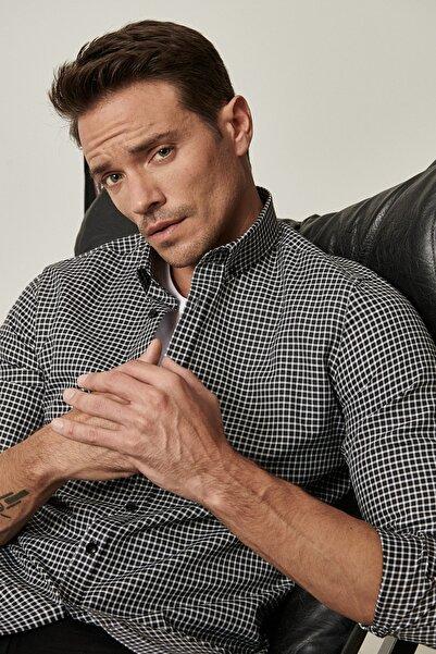 ALTINYILDIZ CLASSICS Tailored Slim Fit Dar Kesim Düğmeli Yaka Kareli Gömlek