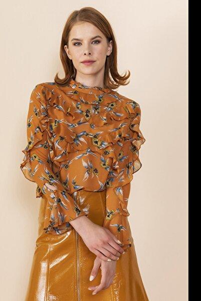 SERPİL Kadın Siyah Camel Çiçek Baskılı Volanlı Bluz