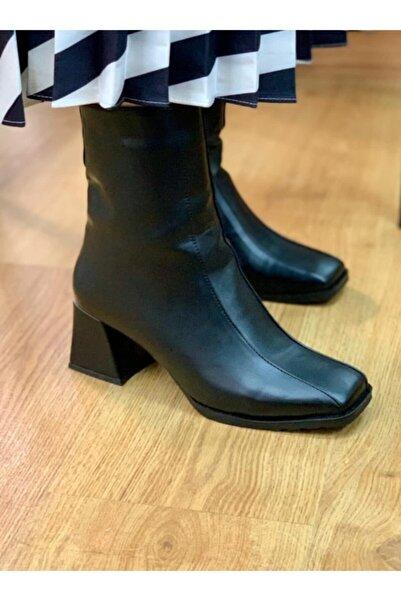 Şanlı Kadın Siyah Topuklu Bot Ayakkabı