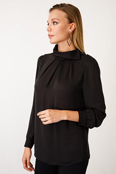 Ekol Kadın Siyah Omzu Düğmeli Bluz