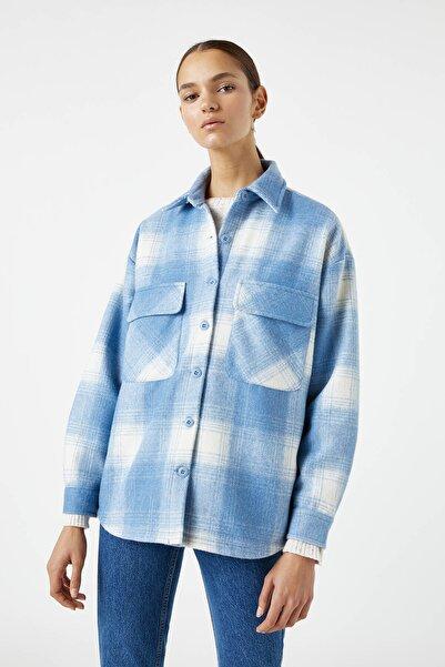 Pull & Bear Kadın Mavi Kontrast Kareli İnce Ceket 09710416