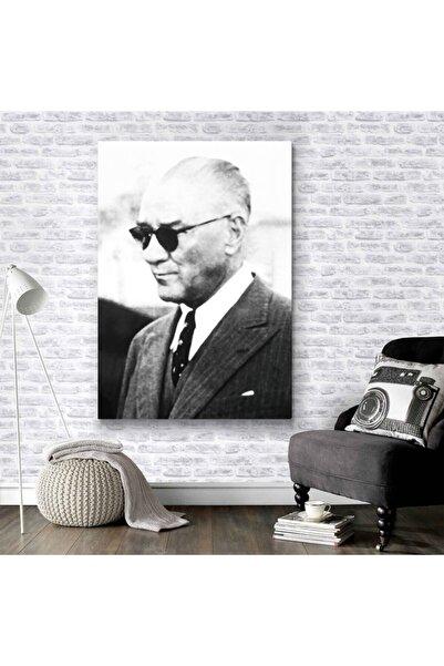 Meteor Galeri Gözlüklü Mustafa Kemal Atatürk Resmi Kanvas Tablo 60x90 Cm