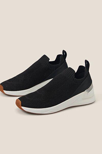 Oysho Kadın Siyah Topuğu Şerit Detaylı Spor Ayakkabı