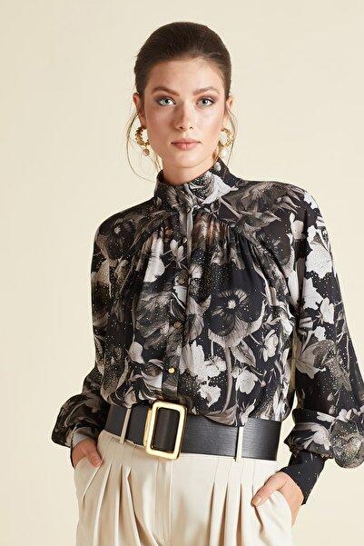 SERPİL Kadın Siyah Düğme Detaylı Desenli Gömlek