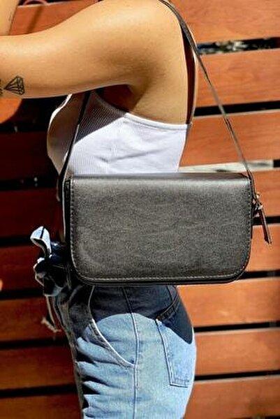 Kadın Siyah Baget Omuz Çanta