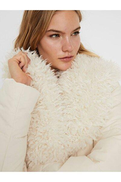 Vero Moda Kadın Uzun Kürk Yakalı Mont Beyaz 10236377