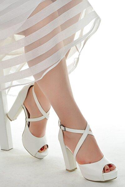 Ayakland Kadın Beyaz Platform Topuklu Ayakkabı 11 cm 3210-2058