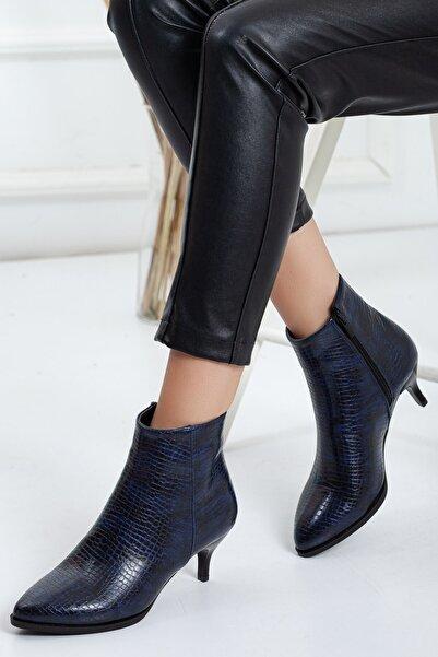 Dilimler Ayakkabı Kadın Lacivert  Kroko Fermuarlı Topuklu Bot