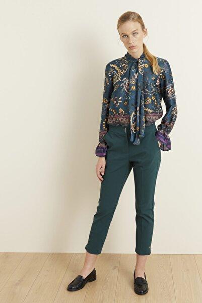 adL Kadın Yeşil Paçası Yırtmaçlı Pantolon