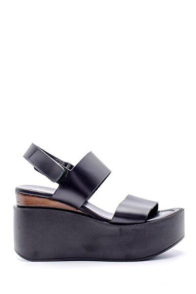 Derimod Kadın Siyah  Deri Dolgu Topuklu Sandalet