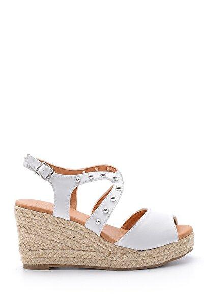 Derimod Kadın Beyaz Dolgu Topuklu Sandalet