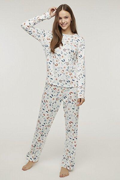 Penti Kadın Beyaz Renkli Warm Me Up Termal Pijama Takımı