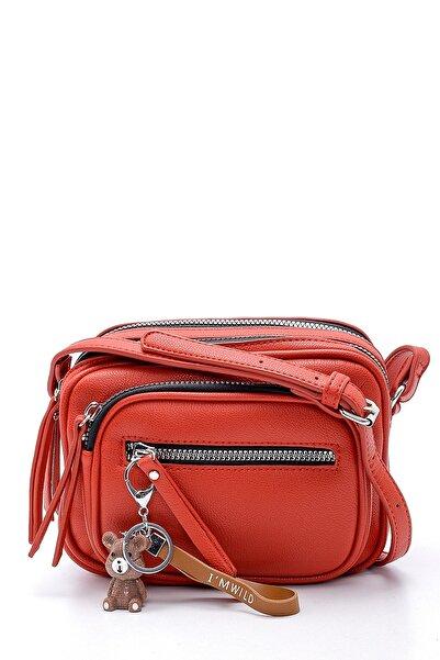 Derimod Kadın Kırmızı Aksesuar Detaylı Çapraz Çanta