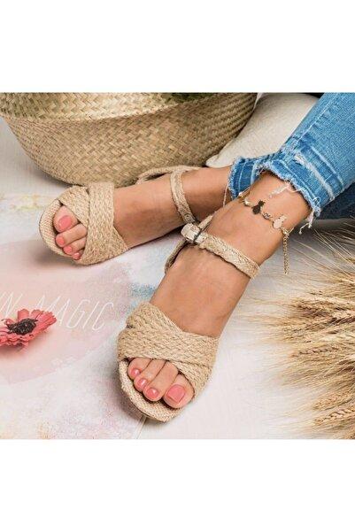 USLUDAN Kadın Bej Hasır Detaylı Çapraz Alçak Topuklu Ayakkabı