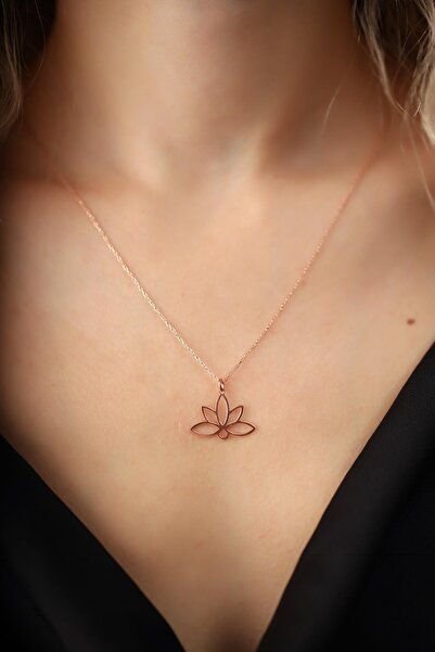 İzla Design Kadın Lotus Çiçeği Model Rose Kaplama Gümüş İtalyan Kolye