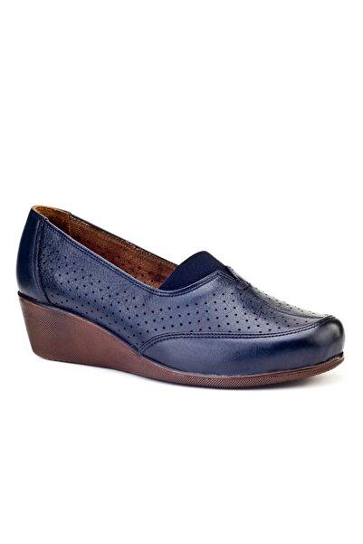 Cabani Kadın Lacivert Hakiki Deri Ayakkabı