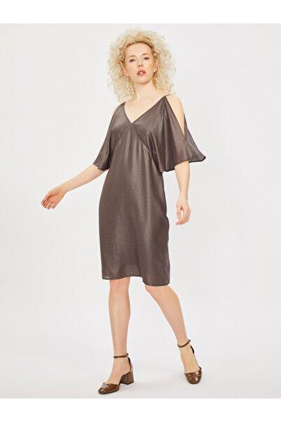 Vekem Kadın Kahverengi Spagetti Askılı V Yaka Elbise