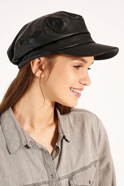 Y-London Kadın Siyah Deri Kasket Şapka 13524