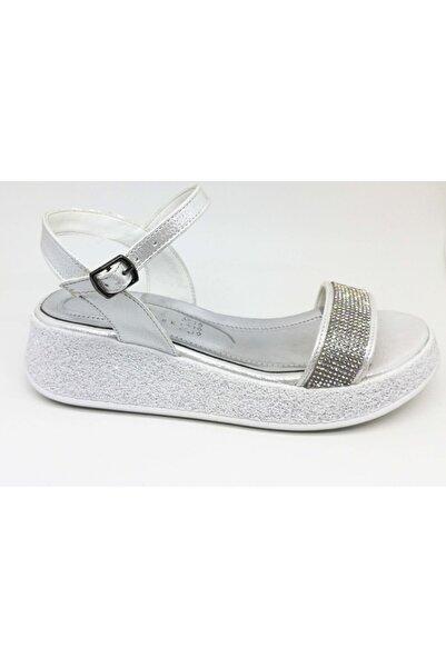 Markopark Kadın Beyaz Simli Sandalet