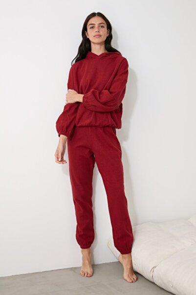 TRENDYOLMİLLA Bordo Kapüşonlu Örme Pijama Takımı THMAW21PT0674