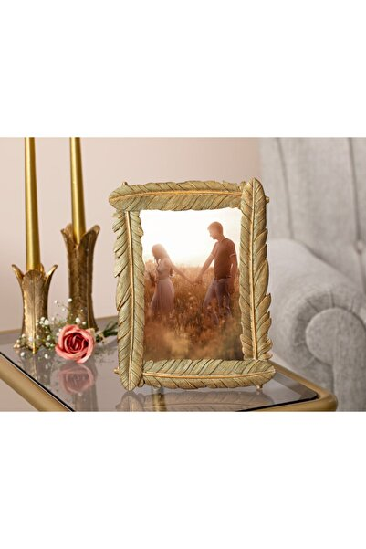 English Home Pretty Romance Polyresin Çerçeve 18,3X23,5X1,8 Cm Altın