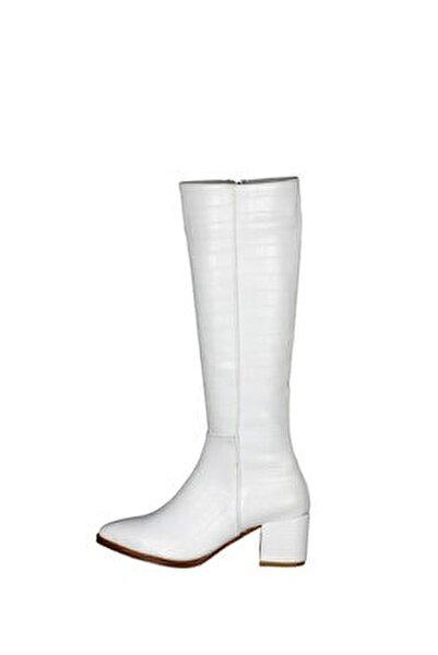 Kadın Croco Desen Beyaz Deri Topuklu Şık Çizme