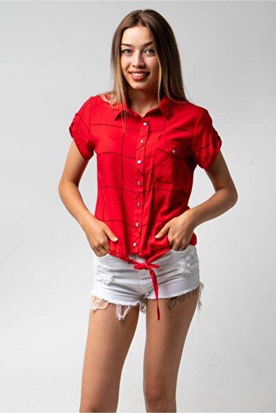 CNS Kadın Kırmızı Bağlamalı Kare Çizgili Gömlek
