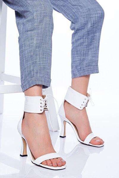 VİVA Kadın Beyaz Rugan Hektor Topuklu Ayakkabı