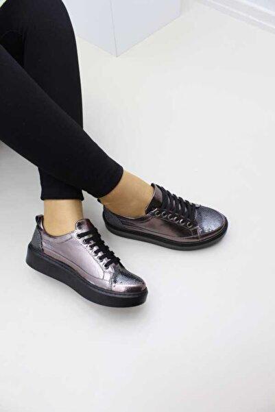 Cudo Kadın Platin Renk Bağcıklı Payetli Casual Ayakkabı