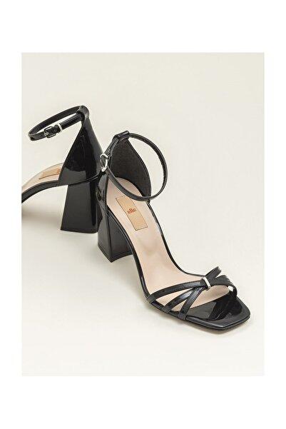 Elle Shoes Siyah Kadın Sandalet ARNELLE