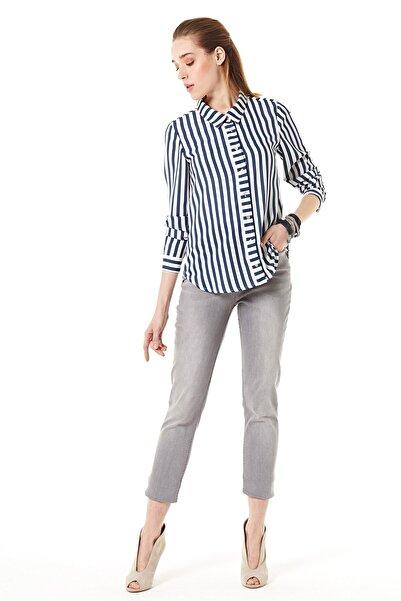 Nihan Kadın Lacivert Gömlek -  B3136