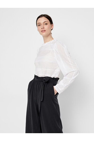 PIECES Kadın Beyaz Yakası Fırfırlı Bluz 17107930 PCCOLETTE