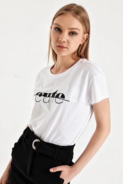 Armani Exchange Kadın Beyaz Baskılı T-shirt
