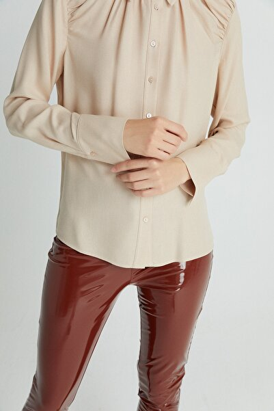 rue. Kadın Bej Dökümlü Drapeli Gömlek 21102079
