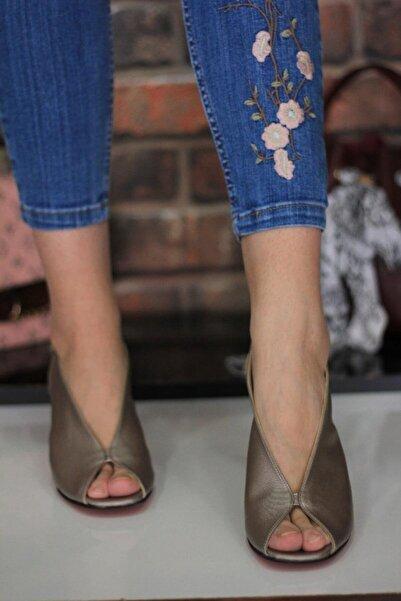 Addi's Shoes Kadın Gri Burnu Açık Ortapedik Sandalet
