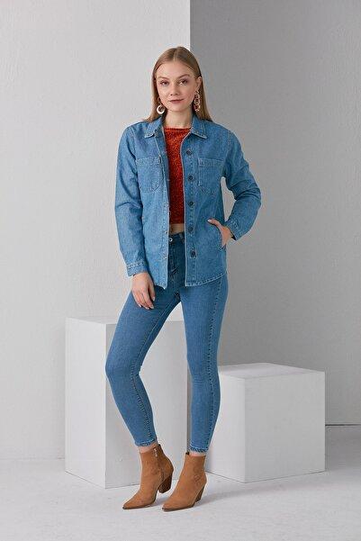 BEBE PLUS Kadın Mavi Oversize Denim Ceket