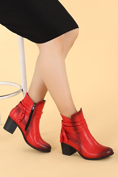 Ayakland Kadın Kırmızı  Cilt Günlük Topuk Bot Ayakkabı 6 cm  8422-832